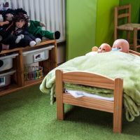 Press Photos/guardian-photo-dolls-bed.jpg